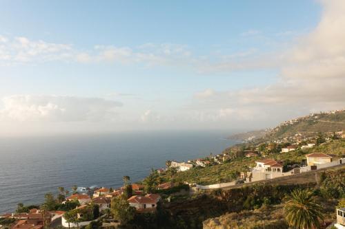 Vedere de sus a Infinity terrace: entre el cielo y el mar