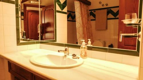 A bathroom at Casa de Feliz