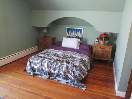 A bed or beds in a room at MTV's Jersey Shore House