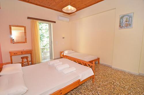 Ein Bett oder Betten in einem Zimmer der Unterkunft LEVANTE Studios