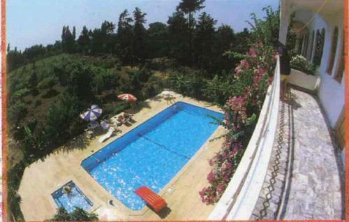 Вид на бассейн в Camyuva Turkuaz Apart Otel или окрестностях