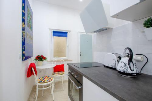 A kitchen or kitchenette at Kanavelic place - Old town Korcula