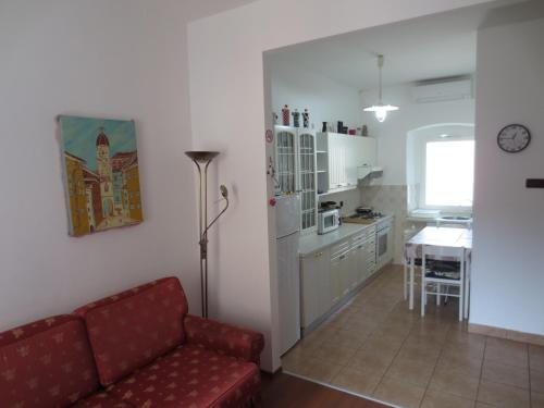 A kitchen or kitchenette at Apartment My City