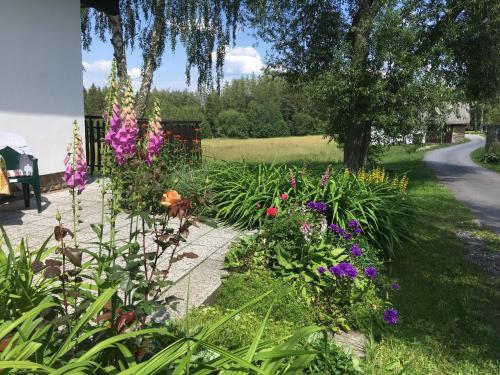 Zahrada ubytování Prázdninový dům Žírec