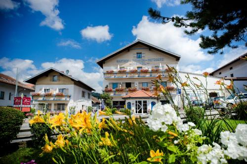 Guesthouse Gasthof Meindl Arrach Germany Booking Com