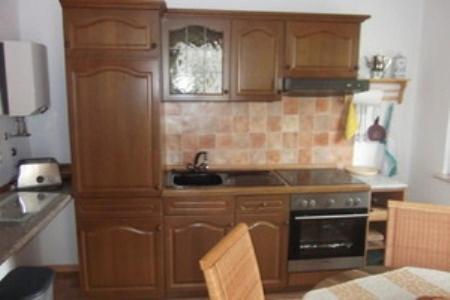 A kitchen or kitchenette at Apartment Hartwich