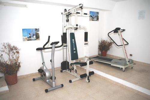 Gimnasio o equipamiento deportivo en Amari Suites