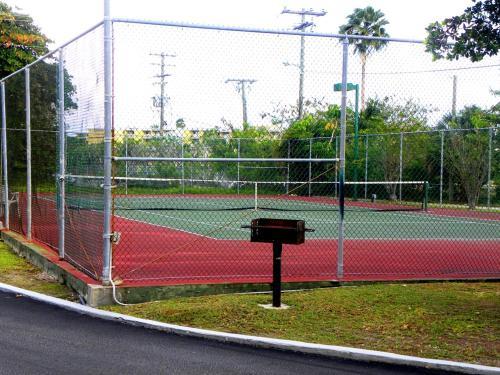 Tênis e/ou squash em Georgetown Villas 311 ou nos arredores