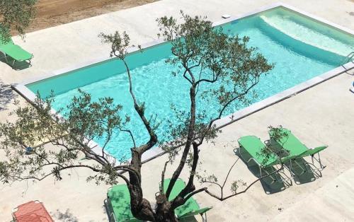 View ng pool sa Hotel Irini o sa malapit