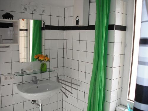 Ein Badezimmer in der Unterkunft the 5 lofts