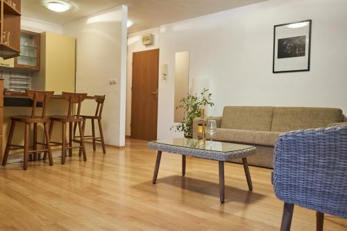 Predel za sedenje v nastanitvi Modern apartment in the center of Ankaran