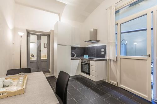 Cucina o angolo cottura di Farini Love - The Place Apartments