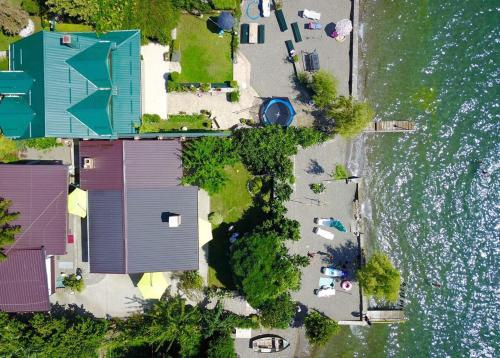 A bird's-eye view of City Inn Beach Apartments