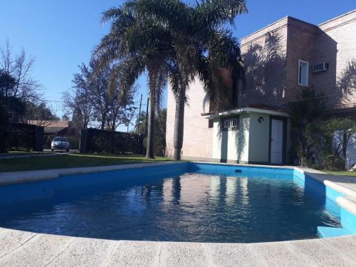 The swimming pool at or near Casa Quinta Las Violetas