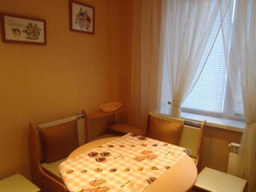 Кровать или кровати в номере Однокомнатная квартира
