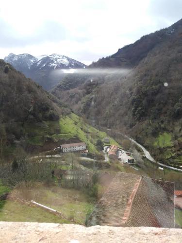 Casa rural OSO 4 (España Pola de Somiedo) - Booking.com