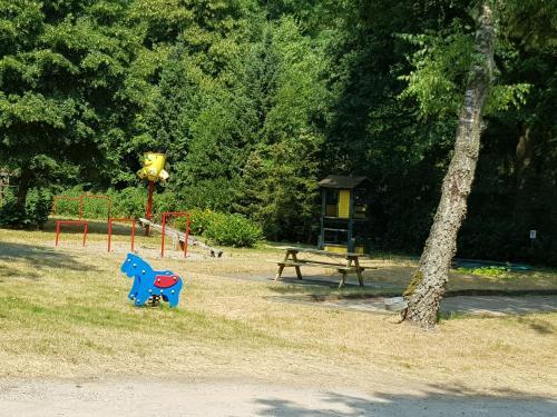 Children's play area at Relaxen in het bos