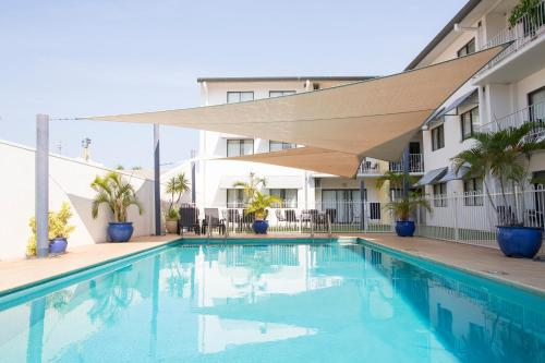 The swimming pool at or near Metro Advance Apartments & Hotel