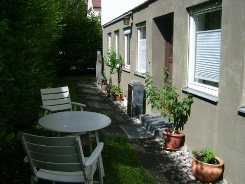 Ein Garten an der Unterkunft Ferienwohnung Clauss