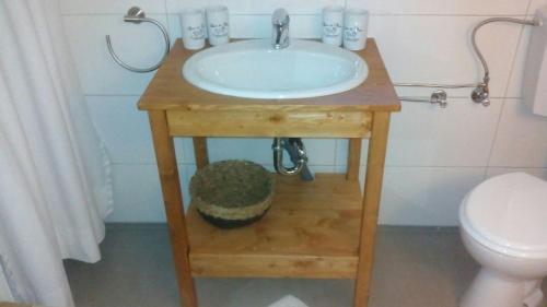 Ein Badezimmer in der Unterkunft Campen Cottage
