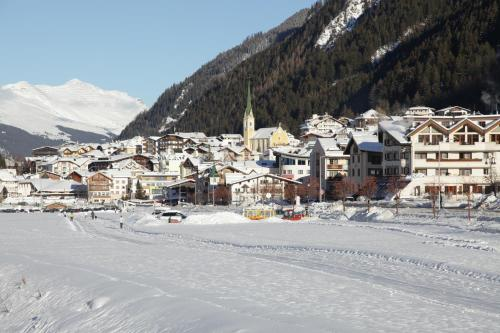 Apart Christopher during the winter