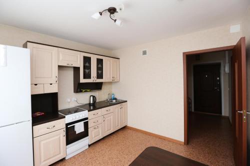 Кухня или мини-кухня в Пионерский 62