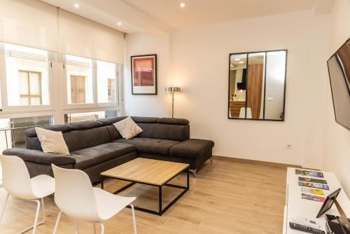 A seating area at Luxury Apartment in Soho