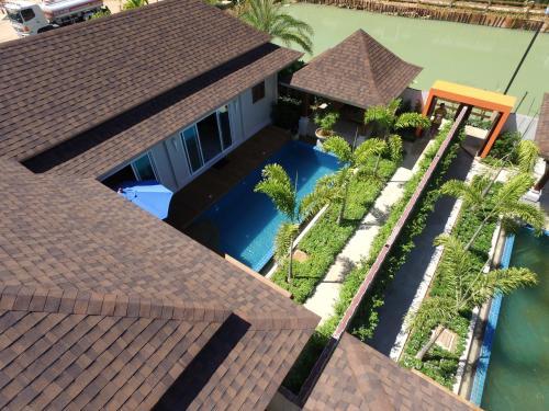 A bird's-eye view of Ban Thai Villa