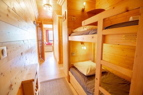 Un ou plusieurs lits superposés dans un hébergement de l'établissement Le Surf n°1