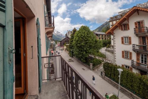 A balcony or terrace at Paccard: Residence Le Lutetia