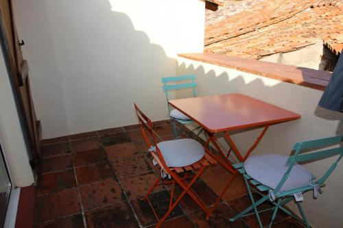 A balcony or terrace at Maison de village Ramatuelle