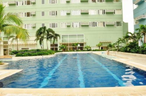 The swimming pool at or near Unit 7004-T3 Ridgewood Tower by Carina