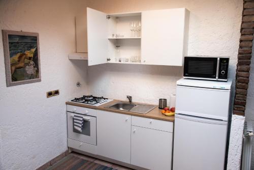 Küche/Küchenzeile in der Unterkunft Central Loft Mazzini