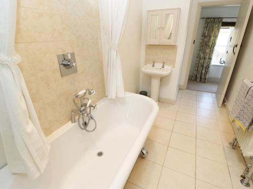 A bathroom at Stubbs Grange Barn, Doncaster