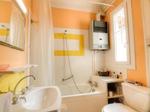 A bathroom at Apartment villa Piron