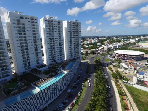 A bird's-eye view of Suites Malecon Cancun