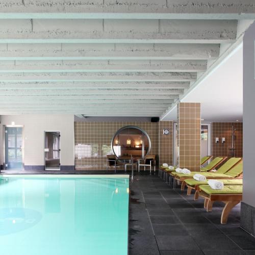 Het zwembad bij of vlak bij Hotel De Pits