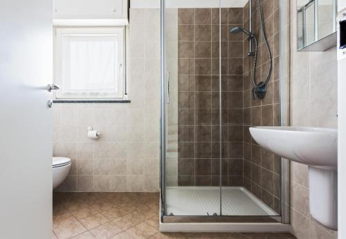 A bathroom at Bright and spacious apartment in Milan!