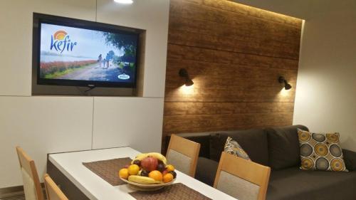 TV i/ili multimedijalni sistem u objektu Apartment Dream Konaci