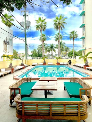 The swimming pool at or near Broadmoor Miami Beach