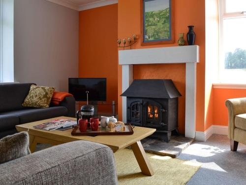 A seating area at Black Bull Cottage