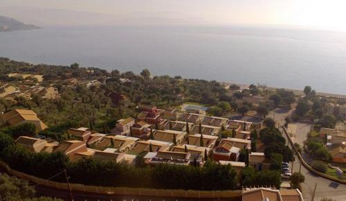 A bird's-eye view of Verde Blu Beach Resort