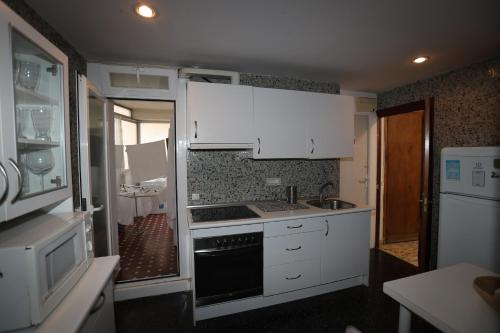 A kitchen or kitchenette at Barrio de Chamberí