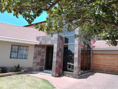 SCAD Freefall SA - Gauteng 7. Za avanturista koji istražuje zemlju Južne Afrike, Johannesburg može biti savršeno mjesto jer.