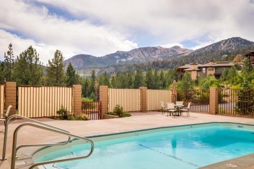 The swimming pool at or near Apartment Aspen Creek 2