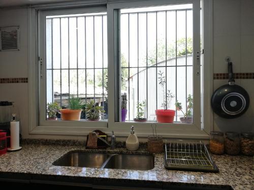 Una cocina o kitchenette en La terracita de paso