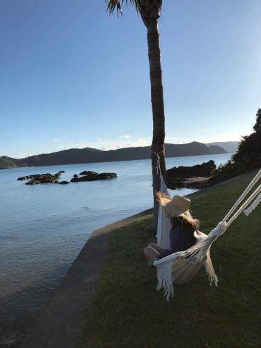 Guests staying at Holly Camp Airstream Villa Amami