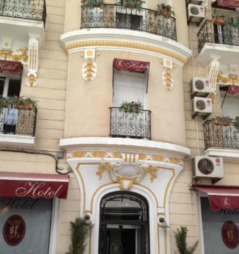 ST Hotel