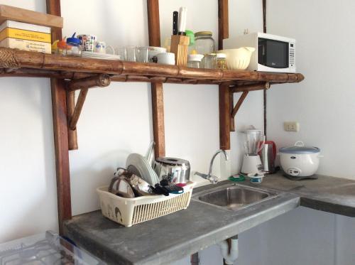 Una cocina o zona de cocina en Plateritos