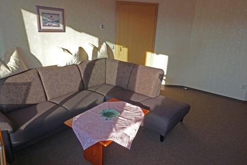 Ein Sitzbereich in der Unterkunft Ferienwohnung mit Wasserbett FW3
